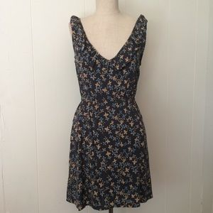 Frenchi Charcoal Mini-Floral plunge Dress